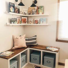 Book Corner Ideas Bedroom, Bedroom Corner, Kids Bedroom, Bedroom Ideas, Wall Bookshelves Kids, Comfy Reading Chair, Book Corners, Reading Corners, Secret Rooms