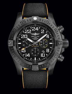 2a0de56ec04 Breitling Avenger Hurricane Relógios De Pulso