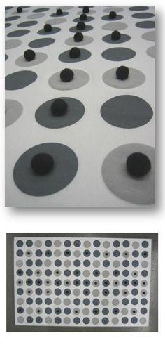 Akustinen seinätekstiili Pyöreät varjot // Tilaaja/Client: Nanso Group Oy // Suunnittelija/Design: Marika Viskari, 2009   Akustinen seinätekstiili Nanso Group Oy:lle neuvotteluhuoneeseen Hämeenlinnaan
