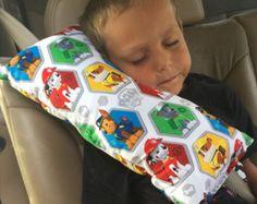 Almohadilla del cinturón de Batman almohada de viaje por Jenammyes