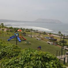 Disfruta de esta hermosa vista de nuestra  costa verde Lima-Peru A solo 10 minutos del hotel FARAONA GRAND HOTEL escribimos y vive esta experiencia única. http://ift.tt/1MXSJ8J  tenemos nuestras tarifas las minute. ventas@faraonagrandhotel.com  #travel #traveling #TFLers #vacation #visiting #instatravel #instago #instagood #trip #holiday #photooftheday #fun #travelling #tourism #tourist #instapassport #instatraveling #mytravelgram #travelgram #travelingram #igtraveller by faraonagrand