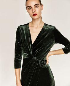Image 4 of CROSSOVER VELVET DRESS from Zara