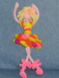 Pipe cleaners on pinterest ballerinas pinecone turkey for Pipe cleaner turkey craft