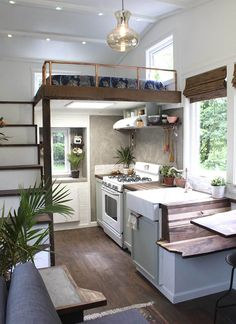 Tiny House by Handcrafted Movement