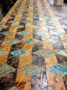 Waterlox pine plank floor with 1 coat of varathane for Top arredi floridia