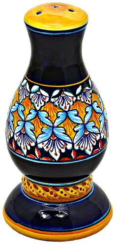Ceramic Salt Shaker - Ricco Deruta style - 16cm high x 7cm diameter.  Mates with pepper grinder PPGDRC180701
