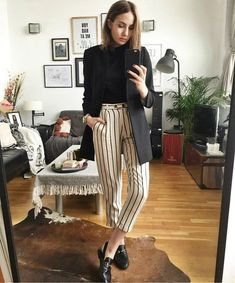 Fall outfit idea - white and black striped pants, loafers, and a black blazer Business Outfit Frau, Business Outfits, Business Attire, Office Outfits, Work Outfits, Office Attire, Corporate Attire Women, Chic Office Outfit, Office Wear