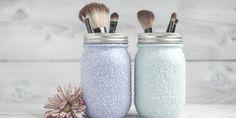 Les pots Mason sont parmi les items les plus utiles que vous puissiez avoir dans votre maison.  Autrefois associé quasi exclusivement à la conservation des aliments, le pot Mason est u