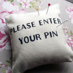 ☺ Cute idea for my   Aunts who sew.....