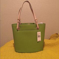 Jet set Mk bag Green authentic Mk bag with tags Michael Kors Bags Shoulder Bags