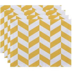 Simply Daisy 18 inch x 14 inch Zigzag Jag Geometric Print Placemat, Yellow