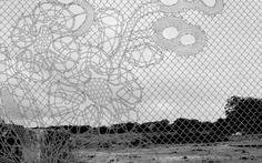 http://arquiteturando.com/arte-em-grades-mais-uma-tela/