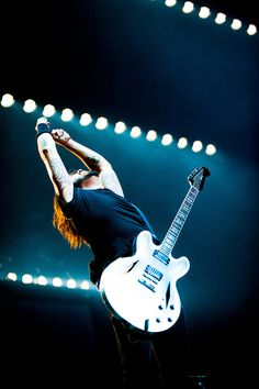 Dave Grohl...THE MAN!