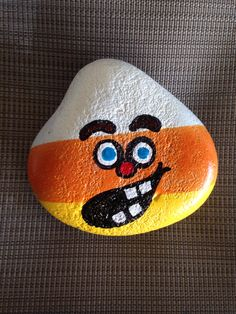Hand painted stone Halloween SNS DESIGNS Rock Painting Supplies, Rock Painting Designs, Autumn Painting, Pebble Painting, Pebble Art, Stone Painting, Coloring Rocks, Christmas Rock, Crafts For Teens