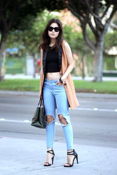 02-busted-knee-jeans-celine-audrey-sunglasses-crop-top-coach-the-borought-green-minimal-sandals-brown-vest-ootd