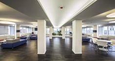 Espace détente dans les bureaux de Pernod Ricard à Milan, Italie