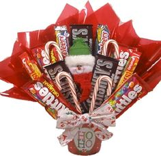 Image detail for -Delight Expressions™ Santa Says. Holiday Candy Bouquet for… Holiday Candy, Christmas Candy, Holiday Fun, Holiday Gifts, Christmas Crafts, Christmas Ideas, Christmas Chocolate, Xmas, Candy Gift Baskets