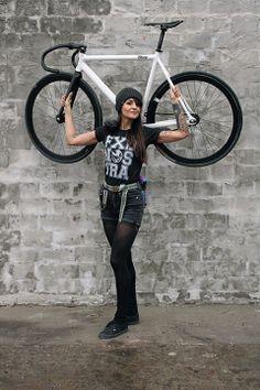 girl, porn, # track bike, # fixed Bicycle Women, Bicycle Girl, Fixed Gear Girl, Bmx Girl, Urban Cycling, Women's Cycling, Modelos Fitness, Fixed Bike, Bike Lift