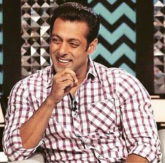 Salman Khan :) to get more hd and latest photo click here http://picchike.blogspot.com/