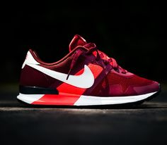 Nike Air Pegasus 83/30 – Team Red / Sail – Atomic Red – Dark Team Red