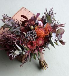 Picking the Perfect Flower Wedding Bouquet Wedding Cakes With Flowers, Bridal Flowers, Fall Flowers, Flower Bouquet Wedding, Dried Flowers, Floral Wedding, Beautiful Flowers, Australian Native Flowers, Flower Arrangements Simple