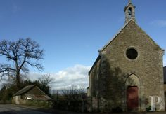 A chapel awaiting renovation in Morbihan - french village houses for sale - in Normandie, Bretagne, North, Perche - Patrice Besse Castles and Mansions of France is a Paris based real-estate agency specialised in the sale of Village houses.