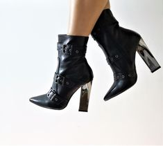 Stivali in pelle Made in Italy Heels, Boots, Fashion, Crotch Boots, Moda, La Mode, Heeled Boots, Shoes High Heels, Shoe Boot