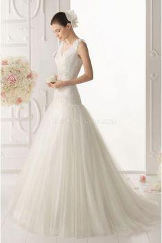 Elegant V-neck A-line Tulle Applique Wedding Dresses