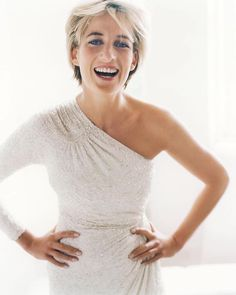 Diana, Princess of Wales. London, Vanity Fair 1997 - by Mario Testino. Princess Diana Photos, Princess Diana Fashion, Princess Of Wales, Mario Testino, Lady Diana Spencer, Kate Middleton, Glamour, Royal Fashion, Elie Saab