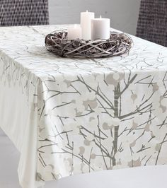 A harmonic Marimekko table cloth reminds me of a snowy, frozen landscape. I have this tablecloth and love it.