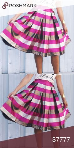 29eac2e8b Gorgeous Pleated Skirt With Pockets Gorgeous Pleated Skirt With Pockets.  Beautiful skirt with pink and