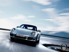 Porsche 911, cincuentenario de un coche de leyenda    http://www.inmonova.com/blog/porsche-911-cincuentenario-de-un-coche-de-leyenda/