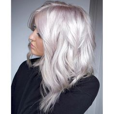 How to Get White Hair: Process From Start to Finish for Dying Hair White - Weißes Haar Silver Blonde Hair, Platinum Blonde Hair, Silver White Hair, Pearl Blonde, Greyish Blonde Hair, Silver Platinum Hair, Natural White Hair, Fall Blonde Hair, Platinum Blonde Highlights