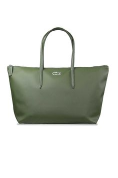 74b6dd77d Bolso de Mano Horizontal Verde. Ideal para acompañarte todo el día y cargar  con todos tus esenciales sin perder el estilo. Lacoste