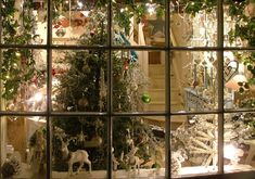 christmas toy windows in stores images | 10 Nov onwards: Christmas Fayres & Christmas Markets in North ...