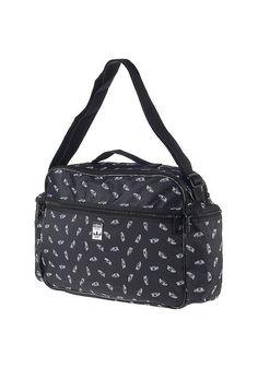 Features: Hauptfach mit Zipper, Fronttasche, Verstellbarer Tragegurt, Alloverprint, Logopatch, Innentasche, Seitentaschen mit Zip, Maße: 40 x 30 x 11 cm, HerstellerFarbe: black/white,  Material: 100% Polyester...