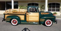 Vintage Trucks 1950 Chevrolet 3100 Woody Pick up 54 Chevy Truck, Classic Chevy Trucks, Classic Cars, Vintage Pickup Trucks, Vintage Cars, Antique Cars, Hot Rod Pickup, Woody Wagon, Chevrolet 3100