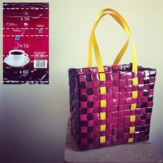 Pinkki kahvipussikassi vanhoista Pirkka costa rica kahvipusseista ruutupunonnalla. Candy Wrappers, Recycled Materials, Costa Rica, Weaving, Tote Bag, Coffee, Handmade, Instagram, Bag