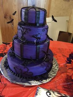 Another cake from Tiffany and Richard's Halloween #wedding!!