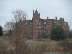 This was the original hospital.The top floor is where doctors,nurses and aids lived.The lower floors where for patients housing and the first floor was administrative.It was built to look and function like a prison