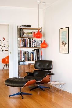 Eames Lounge Chair & Ottoman | Classic