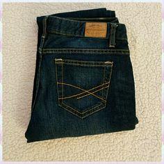 "Aeropastle jeans Aeropostale Bayla skinny jeans.  NWOT   Inseam 30"". Size 3/4 regular. Aeropostale Jeans Skinny"