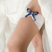 388 czk Hledání zboží: svatební podvazek / Zboží | Fler.cz Wedding, Valentines Day Weddings, Weddings, Marriage, Chartreuse Wedding