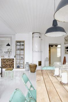 Just love this casual dining look with the gorgeous chairs.