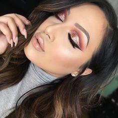 ☪Pinterest→ Miriah Mather ☼ eye makeup - http://amzn.to/2hGJKkg