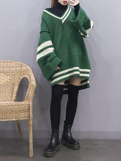 Korean Fashion – How to Dress up Korean Style – Designer Fashion Tips Mode Outfits, Korean Outfits, Girl Outfits, Casual Outfits, Fashion Outfits, Fasion, Korea Fashion, Asian Fashion, Korea Winter Fashion