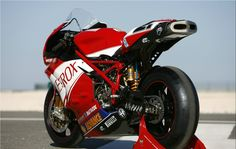 Superbe Ducati 999 RS SBK Bayliss