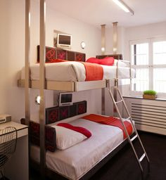 NYC: Bunk Pod at Pod 39 on 145 East 39th Street (must tell Mom!)