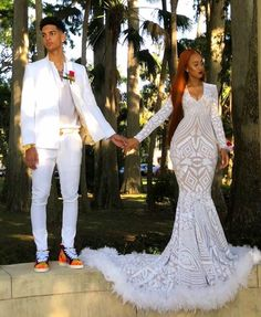 Here is Prom Outfits for you. Prom Outfits african couples out. Black Girl Prom Dresses, Senior Prom Dresses, Cute Prom Dresses, Prom Outfits, Long Prom Gowns, Girls Dresses, Wedding Dresses, Mermaid Gown, Dress Wedding