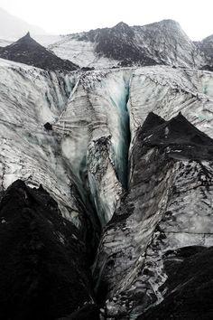 A glacier walk – What Katie Does